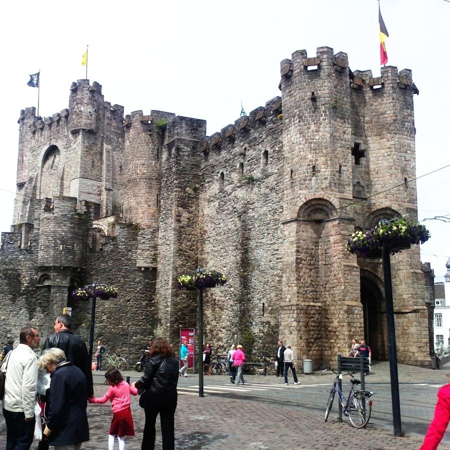 castillo candes, Gent
