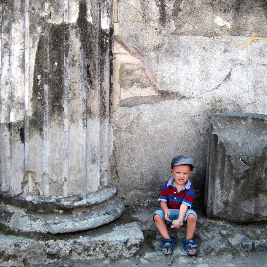 Louis at Pompeii cathedral