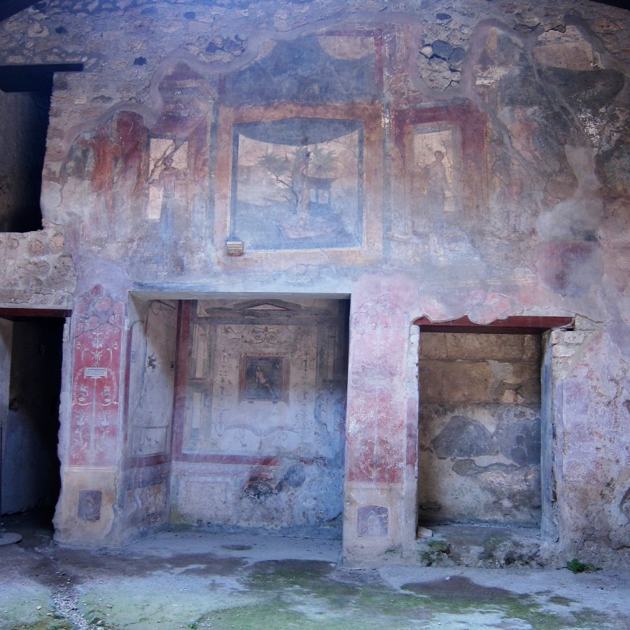 frescoed rooms at pompeii